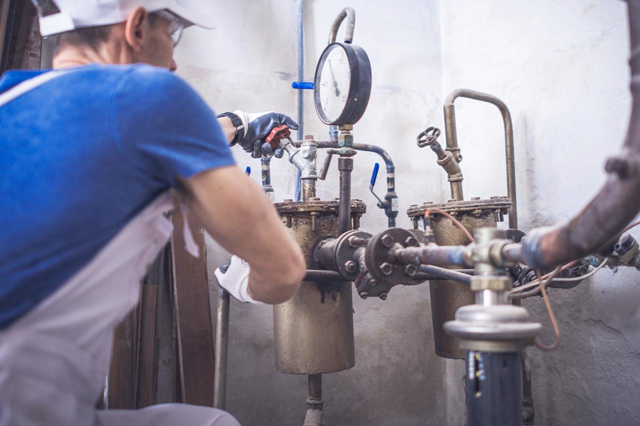 Reparar gas caldera termo agua caliente
